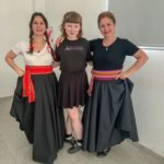 Folklore como puentes entre culturas